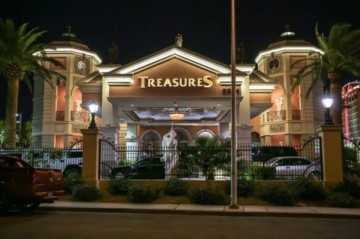 Bring a girl to Treasures Las Vegas and have the time of your life.